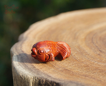 Natural Red Sandalwood Carved Goldfish Fish Pendant Tiny Charms Mala Beads Japa Bead Bracelet Jewellry Findings DIY Accessories