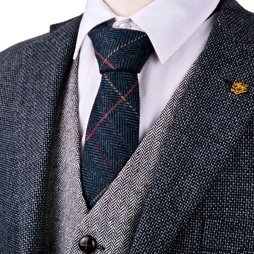 various Sizes code.f52 Harris Tweed Fabric /& labels 100/% wool Craft Material