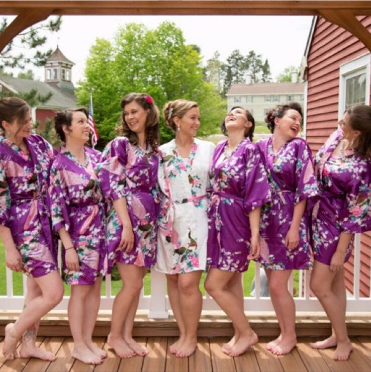 RB008-2015-Short-Style-Woman-Peacock-Printed-Silk-Kimono-Robes-Wedding-Party-Bridesmaid-Robe (1)