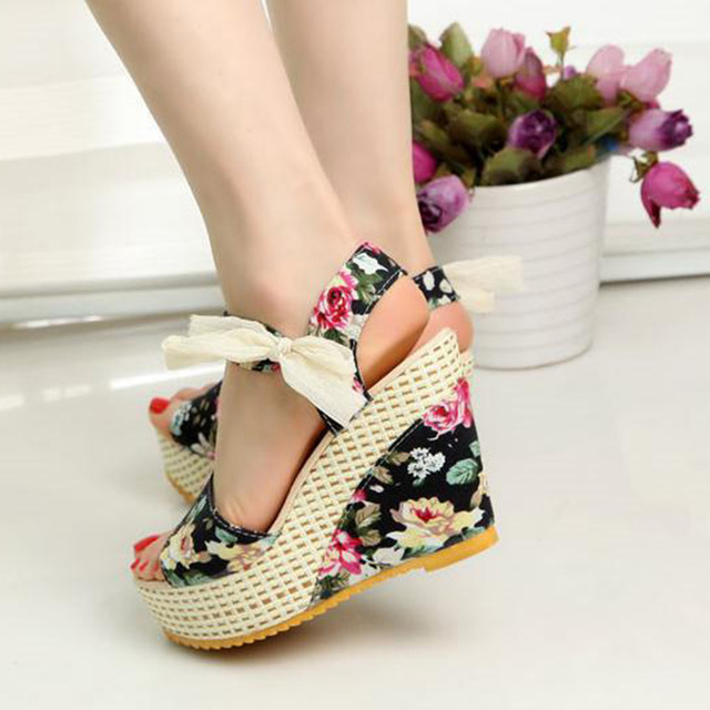 New Open Toe Wedge Sandals
