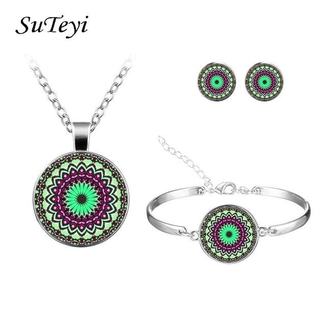 SUTEYI Vintage Necklace...