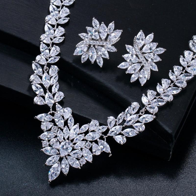 15 Options de Style pour Zircon blanc cuivre plaqué argent bijoux d'oreille ensemble boucle d'oreille collier pendentif M02-T1