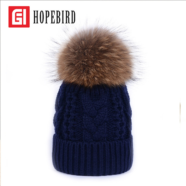 2017 Winter Real Raccoon Fur Hat Cotton Women Pompon Fashion Cap Winter Thick Warm Female Wool Knitted Hats Pom Beanie