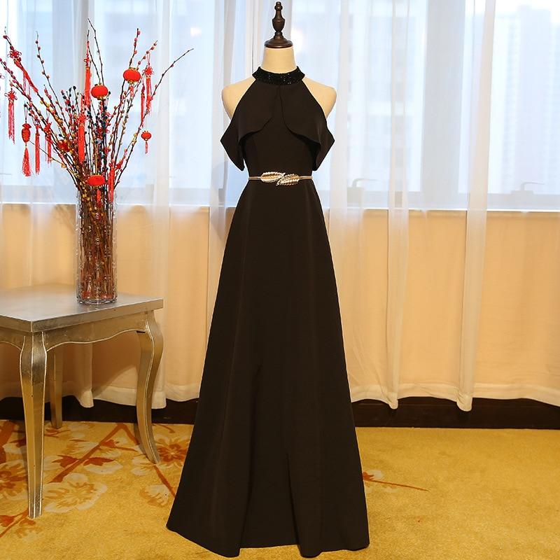 Robes de demoiselle d'honneur longues en mousseline de soie noire licou avec ceinture en or robes de fête de mariage sans manches robes formelles en Stock