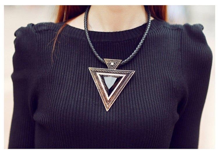 HTB1q4qwIVXXXXajXFXXq6xXFXXXS - Ladies Triangle Pendant