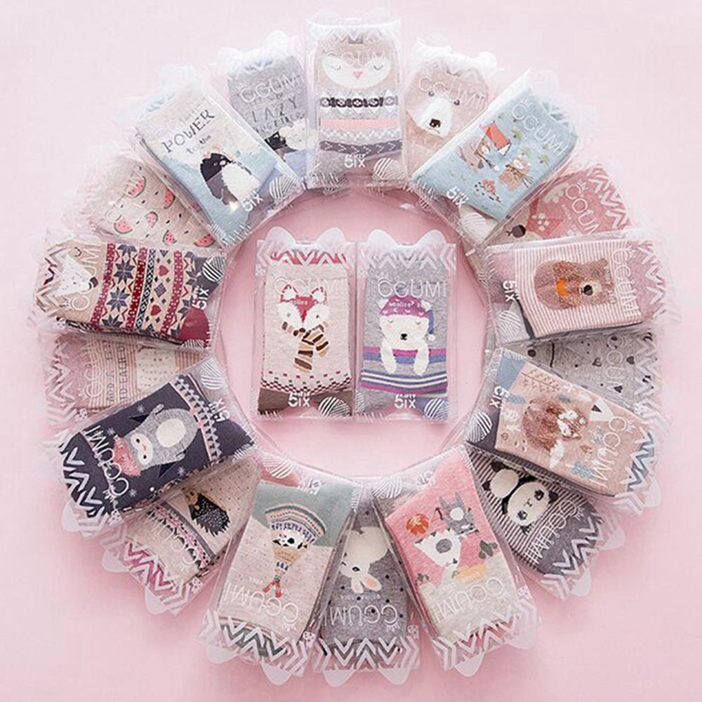 2pair 2019 Autumn Cute socks women Christmas gift box cotton Socks cartoon print creative fashion Short Happy socks for Girls