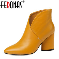 FEDONAS 2018 Women Ankle Boots Elegant Warm Winter Boots Genuine Leather Ladies Shoes Woman High Heeled Motorcycle Martin Boots
