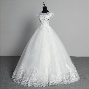 Image 2 - Custom Made Trouwjurk 2020 Nieuwe Collectie Crystal Applicaties Borduren Lace O hals Korte Mouw Prinses Gown Vestidos De Novia
