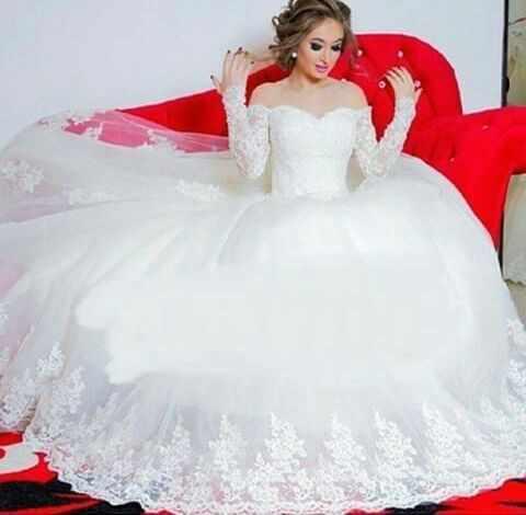 2015 זוהר כבוי כתף appliqued שרוול ארוך נפוח נסיכת שמלות כלה