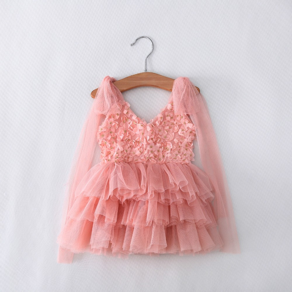 girl lace dresses tulle fly sleeve kids summer flower dress princess elegant cute children party dresses 2-6y costume for kids summer 2017 new girl dress baby princess dresses flower girls dresses for party and wedding kids children clothing 4 6 8 10 year