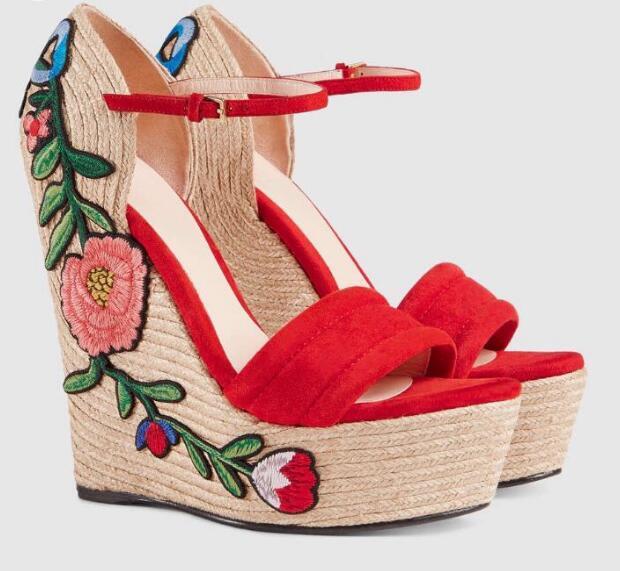 Neueste Rote Wildleder Offene spitze Keil Sandale für Frau Sexy Seil Geflochtene Plattform Ankle Strap Sommer Schuhe Blume Stickerei Sandale - 2