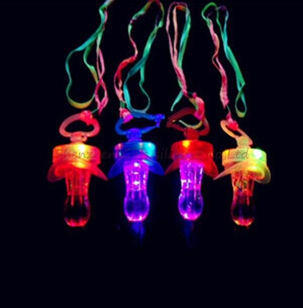 100 Pcs/lot Neueste Marke Led Blinkt Schnuller Pfeife Party Liefert Spaß Spielzeug Überleben Werkzeug Blitz Leuchten Sticks Bar Ohne RüCkgabe