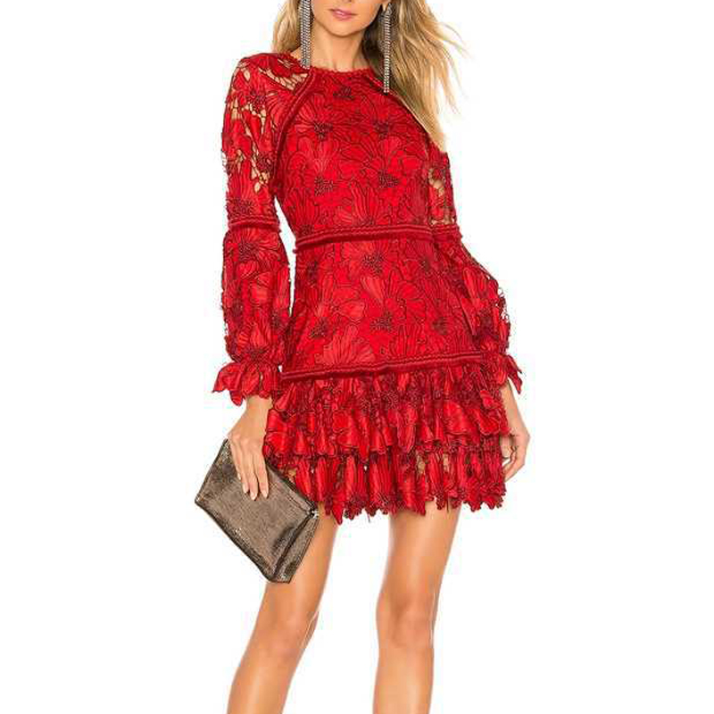 Di alta Qualità Del Progettista della Pista Elegante Ricamo Floreale Donna Rosso Mini Vestito A Vita Alta Scava Fuori Femminile Abito Corto Abiti-in Abiti da Abbigliamento da donna su  Gruppo 2