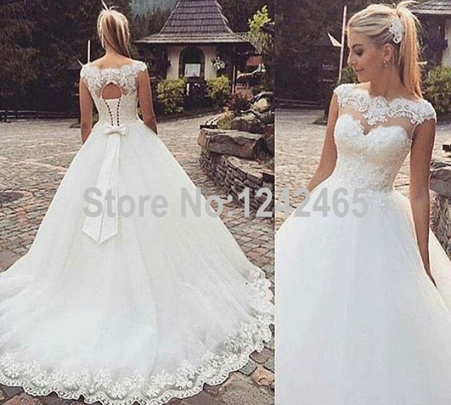 Wedding Gown Lace Up Back : Wedding dress high quality sweep train sleeveless lace up back