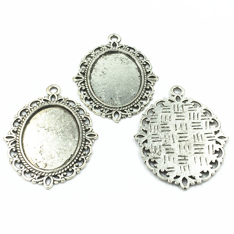 10Pcs Silver Tone Necklace Pendant Setting Cameo Base Oval Flower Lace Metal Tray Bezel Blank Fit 25x18mm Cabochon Jewelry 4cm in Pendants from Jewelry Accessories