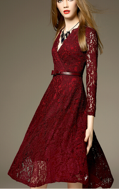 big sale 865df 99a6f Kostenloser Versand Westlichen Stil Heißer Verkauf V Kragen Gute Qualität  Schlanke Frau Spitze Langes Kleid Weinrot