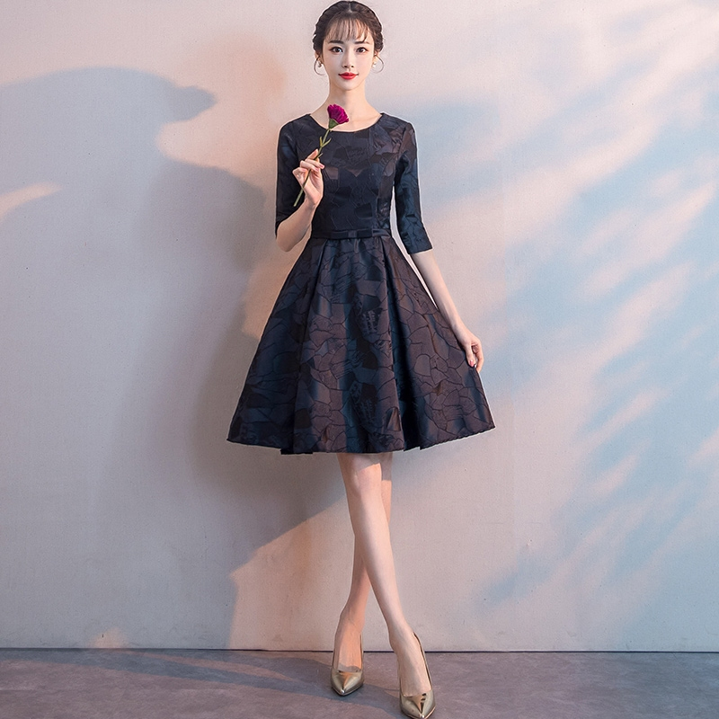 Black Slim Princess Dress Elegant Half Sleeve Thin Gowns 2020 New Fashion O-Neck Evening Party Gown Noble Banquet A-Line Qipao