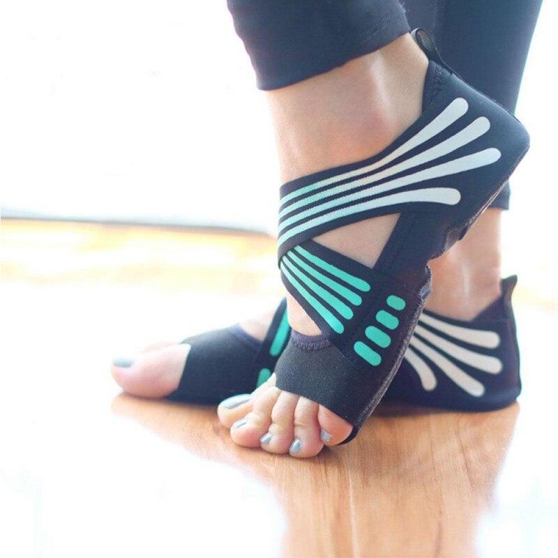 Women's Anti-slip Fitness Dance Pilates Socks Professional Indoor Yoga Sock  Five Toe Backless Fitness Ballet Ladies Socks
