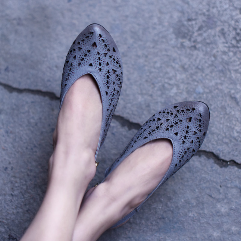 Artmu Original Comfortable Sandals 3 cm Thick Heel Buckle Women Shoes Genuine Leather Sandals Closed Toe