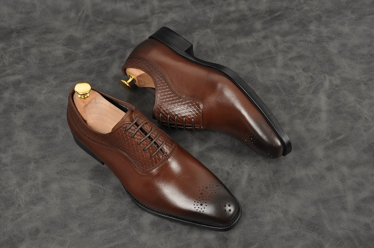 Men fashion handmade oxfords black grown pointed toe lace up low heel formal shoes Genuine leather party office shoes - 3
