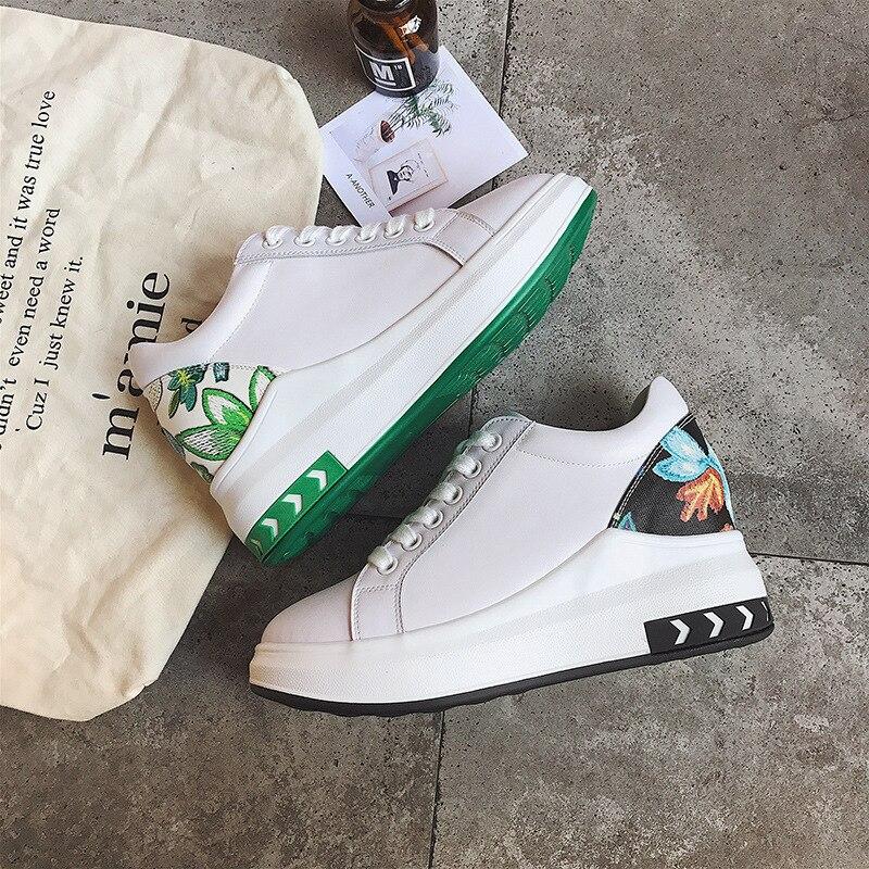 2018 Primavera New Coreano Escola Ortografia Dentro Aumento Plana Sapatos Mulher Branca Pequena Flores E Plantas das Mulheres Pedaço De hairALEX