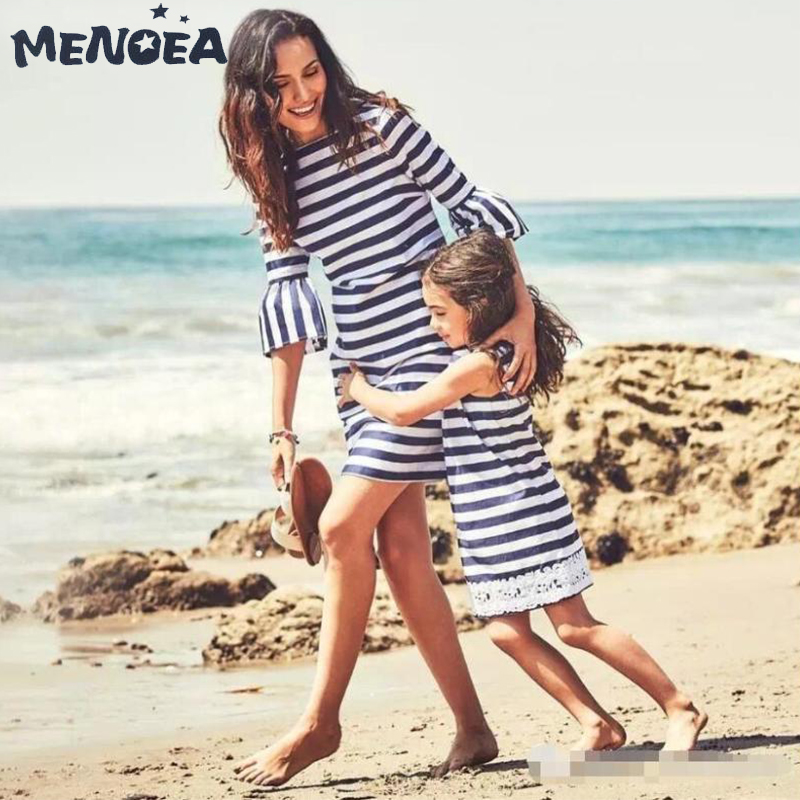 Menoea Household Matching Outfits Trend 2019 Spherical Neck Costume Mom And Daughter Striped Costume Informal Patckwork Lace Costume