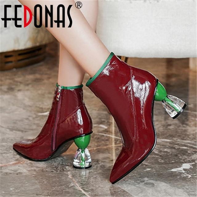 Fedonas nova moda feminina sapatos outono inverno tornozelo botas de couro genuíno botas chelsea apontou toe saltos altos sapatos de festa mulher