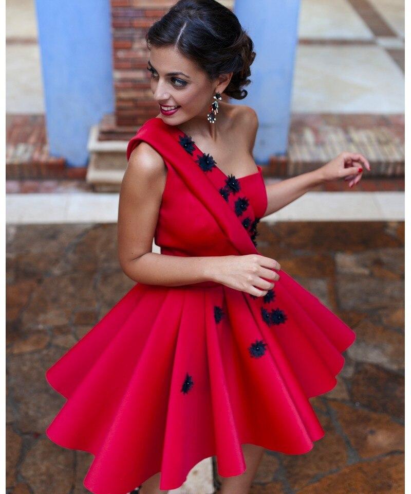 Hot sexy une épaule rouge satin courtes robes de bal 2016 nouveau mode noir appliques dentelle plissée robe de festa pas cher parti robe