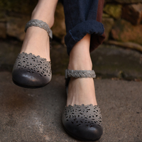 Tyawkiho Genuine Leather Women Sandals Gray Low Heel Summer Shoes Retro Hollow Out Sandasl Women Embroidery Leather Shoes 2018