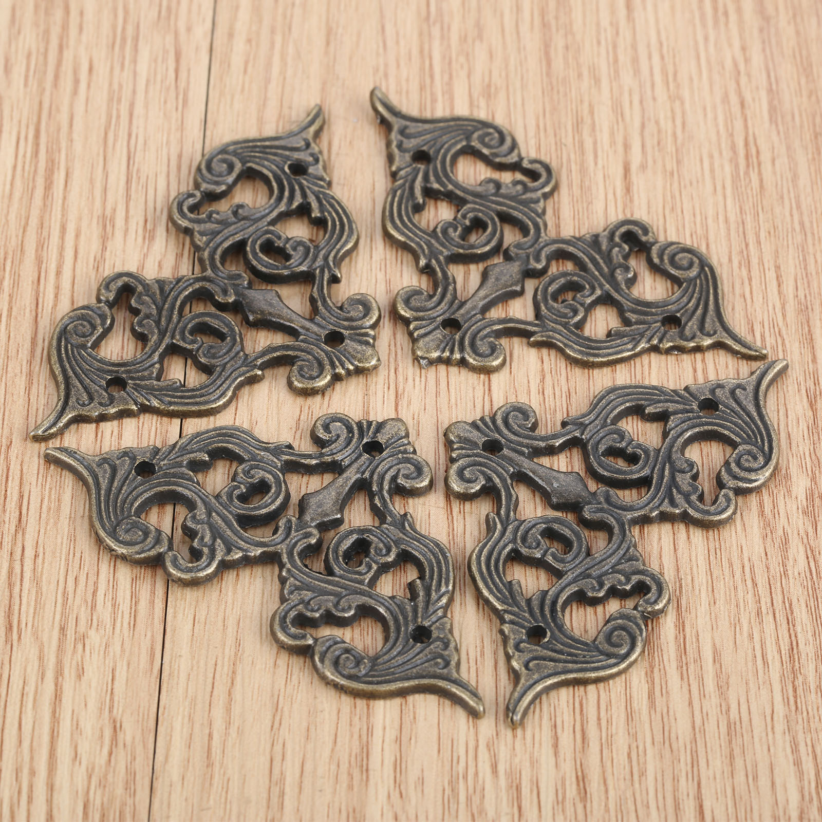 4Pcs Antique Furniture Corner Brackets Jewelry Wine Case Box Book Scrapbook Album Corner Protector Furniture Decor 62*35mm