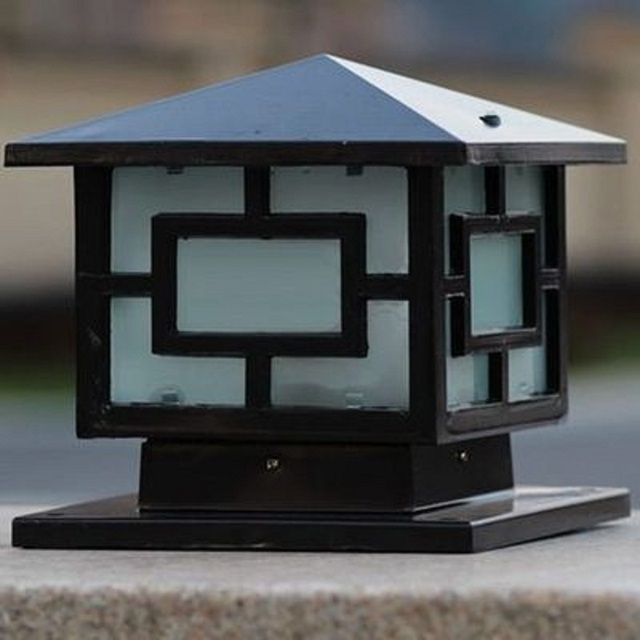 Chinese Style Royal Wall Pillar Lamp Outdoor Garden Lighting Yard Aisle Light Home Decor E27