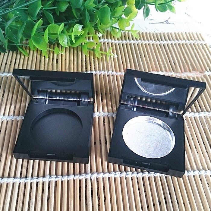 50 pcs/lot 36.5mm carré vide fard à paupières Pigment Pan conteneur avec miroir et aluminium Pan noir maquillage Compact cosmétique bricolage boîte-in Trousses De Toilette from Beauté & Santé    1
