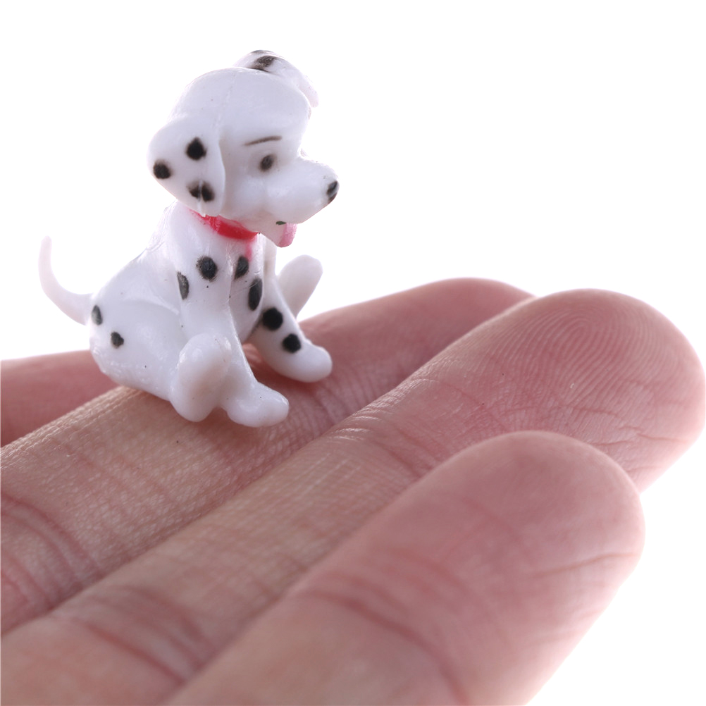 HOT 2pcs/lot 1:12 Scale Spotted Dog Dollhouse Miniature Toy Doll Food Kitchen Living Room Accessories