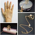 Fashion Punk Gold Triangle Finger Ring Bracelet Rhinestone Crystal MittensFinger Ring Bracelet Women Lady Jewelry