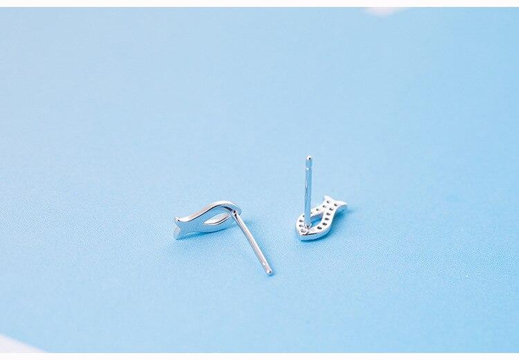 geekoplanet.com - 100% 925 Sterling Silver Cubic Zirconia Cute Little Fish Stud Earrings