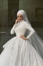 2016 New Arrival Charming White Lace Applique Long Sleeves High Neck Ball Gown Formal Wedding Dresses Muslim Hijab For Bridal