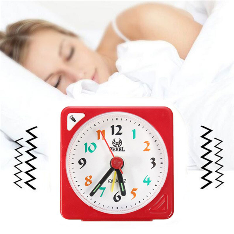 Despertador Home Mini Travel Battery Operated with Snooze Led Light Digital Clock Number Desk Alarm Clock Wood Table Watch