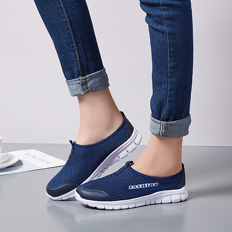 Spring Summer Women Sneakers Breathable Mesh Light Flat Loafers Casual Shoes Women Fashion Outdoor Walking Shoes Plus Size 35-43 4