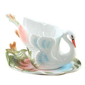 Image 3 - Emaliowane kubki do kawy kubki na herbatę z łyżeczką spodek zestawy Procelain Creative Drinkware Lover Gift