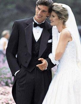 2017 Gentlaman Style Suits Black Tailcoat Groom Tuxedos Notch Lapel Groomsmen Men Wedding Dress (Jacket+Pants+Bow Tie+Vest)