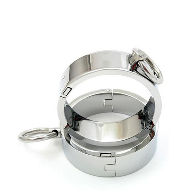 Metal Sex Toys Stainless Steel Feet cuffs Locked Her to Feel Bounded Fun Sexy Products Bondage Restraints Sex Toys for Woman