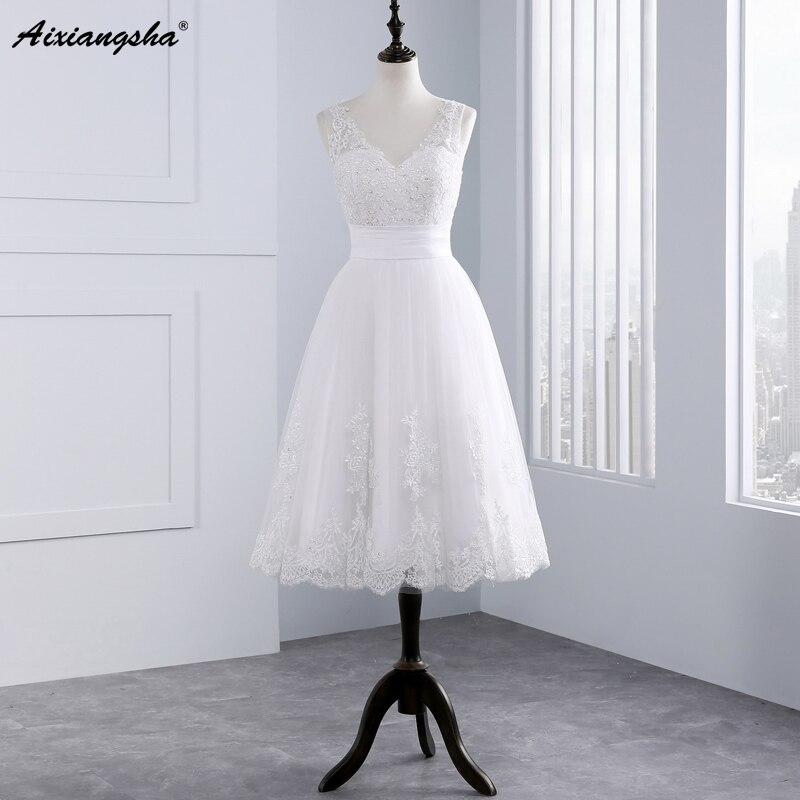 Simple Vintage Wedding Dresses: 2016 Short Wedding Dresses A Line V Neck Knee Length Lace
