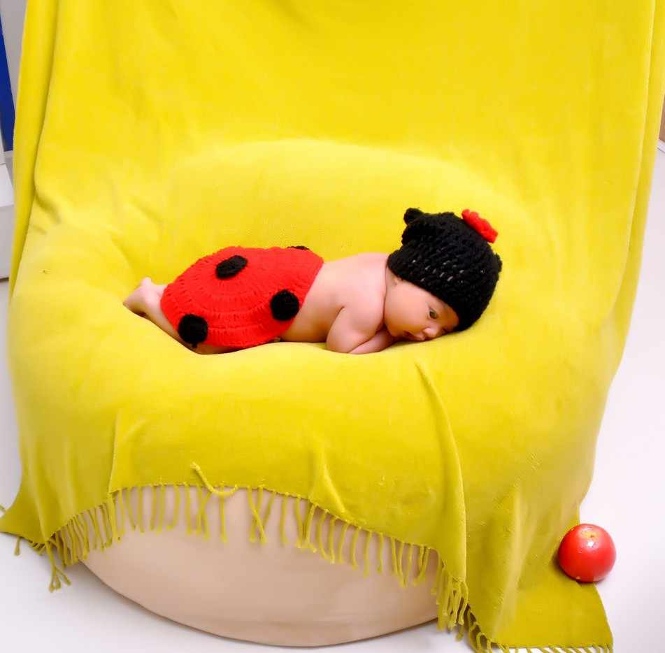 Posing Beanbag for Newborn Photography : POSING PILLOW Newborn Poser Ottoman Beanbag Photo Prop Infant Poser 85cm Studio Size