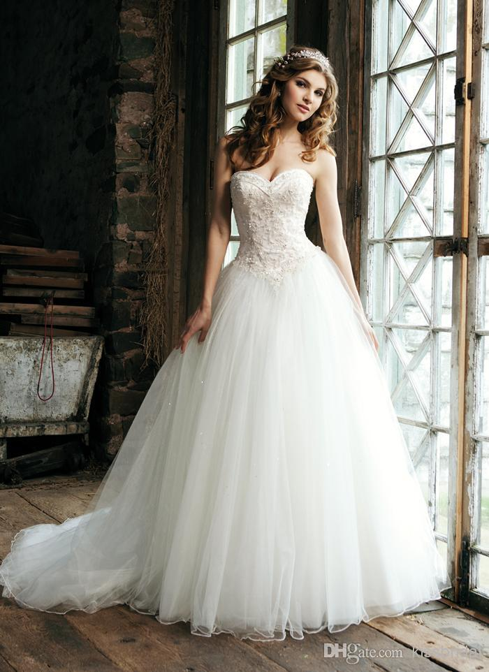 2015 Elegant Ball Gown Wedding Dresses Sweetheart Lace Appliques ...