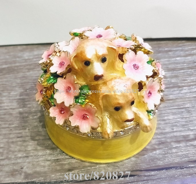 Decorative Dogs and Flowers on Lid Metal Round Trinket Keepsake Newest Puppy Figurine Wedding Favor Table Decoration