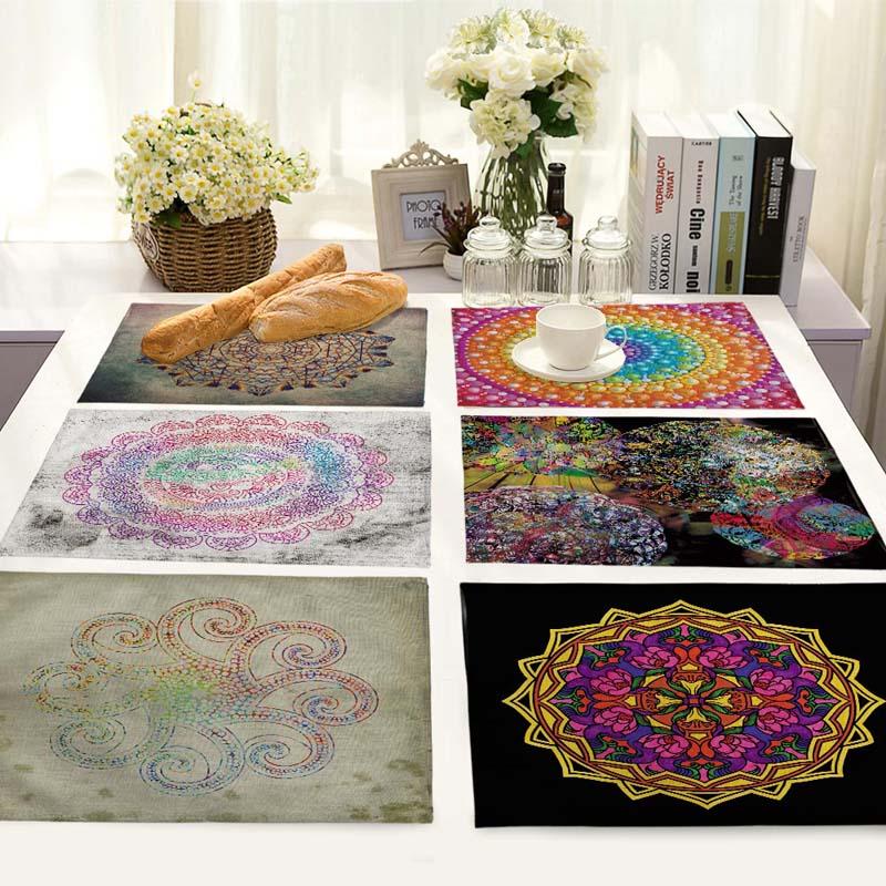 Kitchen Art 32cm: 42*32cm Multicolor Round Pattern Kitchen Table Mats For