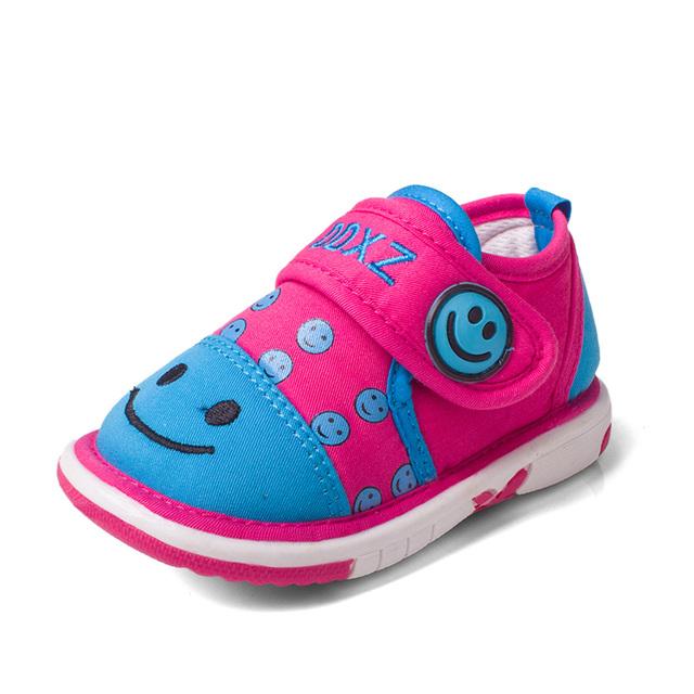 Otoño de la manera del bebé zapatos niñas zapatos cómodos de dibujos animados baby boy zapatos casuales zapatillas de deporte del bebé niños zapatos de niño