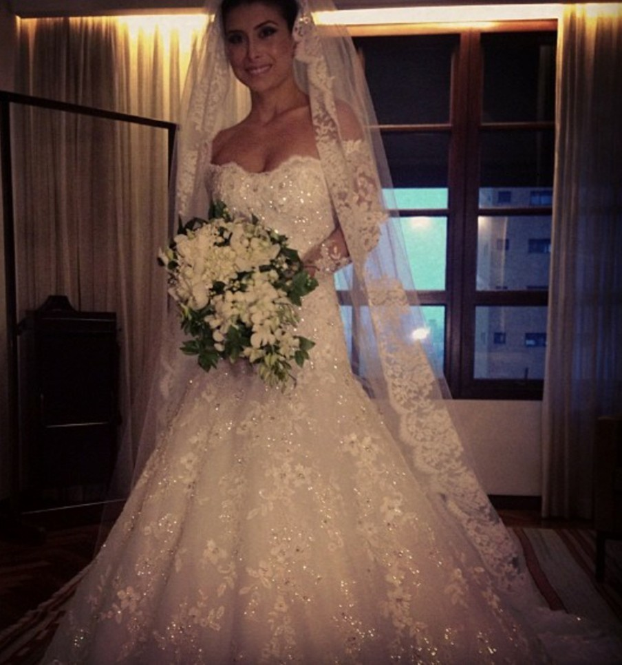 Vestidos De Noiva Sexy Off The Shoulder Long Sleeves Beaded Appliques Sheer Lace Wedding Party Dress Custom Made