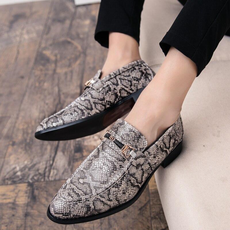 men's snake skin cool platform oxfords patent leather shoes male footwear wedding fashion famous designer brogue shoes for men (16)