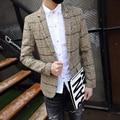 Buena Calidad de la Tela Escocesa Comprueba Blazer Hombres Solo Botón Slim Fit 2016New Chaquetas Chaquetas de Estilo de Inglaterra de la Manera Caliente de Color Caqui Gris